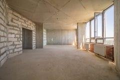 Leerer schmutziger Raum stockfoto