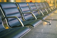 Leerer Sitz im Flughafen Lizenzfreies Stockbild