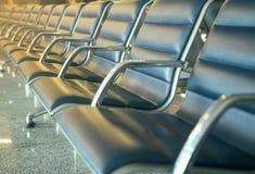 Leerer Sitz im Flughafen Lizenzfreie Stockbilder