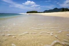 Leerer Strand in Aceh, Indonesien Lizenzfreies Stockbild