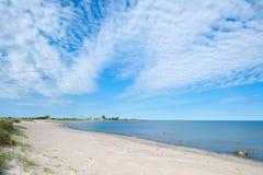 Leerer Strand auf der Insel Oland, Schweden lizenzfreie stockfotos