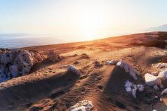 Leerer Strand auf der türkischen Küste die Türkei Lizenzfreies Stockfoto