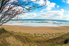 Leerer Strand bis zum Herbst Lizenzfreies Stockbild