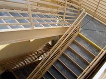Leerer Treppenhausschacht Stockbild