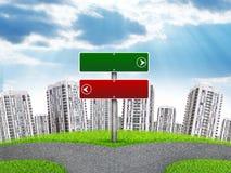 Leerer Wegzeiger gegen hohe Gebäude, Lizenzfreie Stockfotos