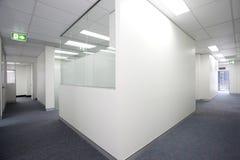 Leerer weißer Raum lizenzfreies stockfoto