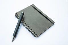 Leeres Anmerkungsbuch mit Bleistift stock abbildung