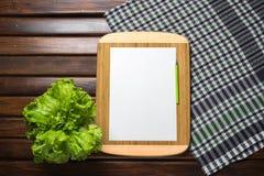 Helle Küche Im Stil Provence Stockfoto - Bild von ...