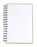 Leeres gewundenes Notizbuch offen auf weißem Hintergrund Lizenzfreie Stockfotografie