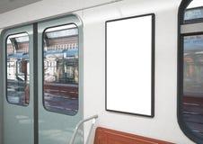 leeres Plakat auf einem Zug stock abbildung