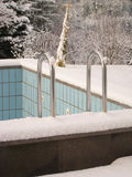 Leeres Pool im Winter Lizenzfreies Stockbild