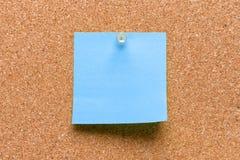 Leeres quadratisches Blau festgestecktes Blatt Lizenzfreie Stockfotos