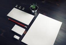 Leeres Unternehmensbriefpapier stockfoto