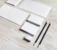 Leeres Unternehmensbriefpapier lizenzfreie stockbilder