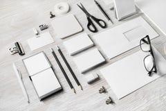 Leeres Unternehmensbriefpapier lizenzfreies stockbild