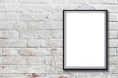 Leeres vertikales Malereiplakat im schwarzen Rahmen Lizenzfreies Stockbild