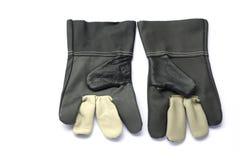 Leerhandschoenen op witte achtergrond worden geïsoleerd die Royalty-vrije Stock Fotografie