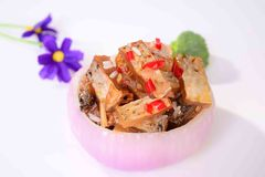 Lees fish-Onion bowl. Wine lees is a tract of Poyang Lake, Jiangxi Province in the vicinity of the Han nationality traditional cuisines, about half a catty of Royalty Free Stock Photos