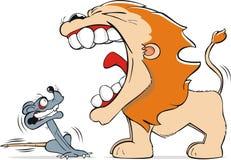 Leeuw en muis Stock Foto's