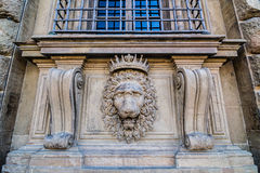 Leeuw hoofdhulp op de voorgevel van Pitti-Paleis, Florence, Italië Royalty-vrije Stock Afbeeldingen