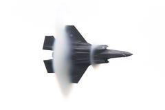 LEEUWARDEN, НИДЕРЛАНДЫ - 11-ОЕ ИЮНЯ 2016: Голландская молния F-35 стоковая фотография
