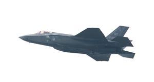 LEEUWARDEN, НИДЕРЛАНДЫ - 26-ОЕ МАЯ: Боец F-35 во время его fi Стоковые Изображения RF