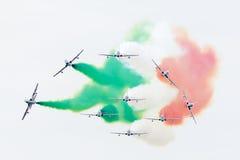 LEEUWARDEN, DIE NIEDERLANDE 10. JUNI 2016: Italienischer aerobatic Tee Lizenzfreie Stockbilder