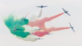 LEEUWARDEN, DIE NIEDERLANDE 11. JUNI 2016: Italienischer aerobatic Tee Lizenzfreie Stockbilder