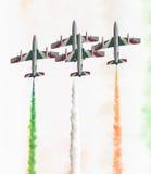 LEEUWARDEN, DIE NIEDERLANDE 11. JUNI 2016: Italienischer aerobatic Tee Lizenzfreie Stockfotos