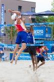 Leeuwarden holandie - Czerwiec 10: Holenderska beachvolley drużyna du zdjęcie stock