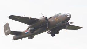 LEEUWARDEN holandie - CZERWIEC 11: WW2 B-25 Mitchell bombowiec Obrazy Stock