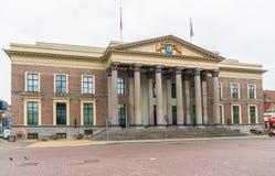 Leeuwarden, los Países Bajos, el 14 de abril de 2018, Local que pasa el co Foto de archivo
