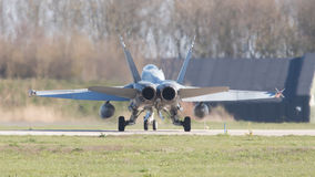 LEEUWARDEN, NEDERLAND - APRIL 11, 2016: Beëindig Luchtmacht F-18 Stock Foto's