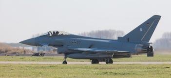 LEEUWARDEN, NEDERLAND - APRIL 11, 2016: Duitse Luchtmacht Eurof Stock Foto's