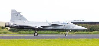 LEEUWARDEN, OS PAÍSES BAIXOS 10 DE JUNHO: Avião de combate tático moderno Fotos de Stock Royalty Free