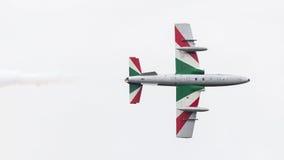 LEEUWARDEN, OS PAÍSES BAIXOS 11 DE JUNHO DE 2016: Chá aerobatic italiano Imagens de Stock Royalty Free