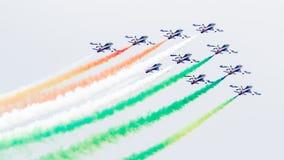 LEEUWARDEN, OS PAÍSES BAIXOS 10 DE JUNHO DE 2016: Chá aerobatic italiano Fotos de Stock