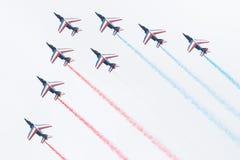 LEEUWARDEN, OS PAÍSES BAIXOS 11 DE JUNHO DE 2016: Pilotos de Patrouille Imagens de Stock