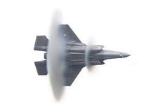 LEEUWARDEN, OS PAÍSES BAIXOS - 11 DE JUNHO DE 2016: Relâmpago F-35 holandês Imagem de Stock Royalty Free