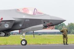 LEEUWARDEN, PAÍSES BAIXOS - 11 DE JUNHO DE 2016: Close-up do F-3 novo Imagem de Stock
