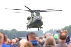 LEEUWARDEN, PAÍSES BAIXOS - JUNI 11 2016: Chinook CH-47 h militar Imagem de Stock Royalty Free