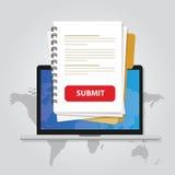 Leg voor het document via laptop met rode knoop via Internet online aanvraagformulier hervat Witboek uploadt Stock Fotografie