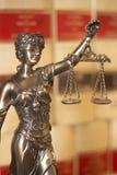 Legale Statue Themis des Rechtsanwaltsbüros Lizenzfreie Stockfotos