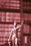 Legale Statue Themis des Rechtsanwaltsbüros Stockfotografie