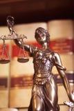 Legale Statue Themis des Rechtsanwaltsbüros Lizenzfreie Stockfotografie
