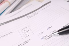 Legales Schreibarbeits-Formular ja u. nein Stockfotos