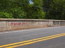 Legalice la Espray-pintura de la marijuana Foto de archivo libre de regalías