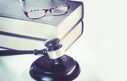 Legalny prawa pojęcia wizerunku biura sądu tło zdjęcie royalty free