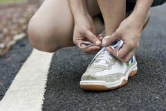 Legatura del pattino di sport Fotografie Stock