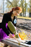 Legatura delle scarpe di balletto Fotografia Stock